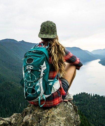 Жена в планината