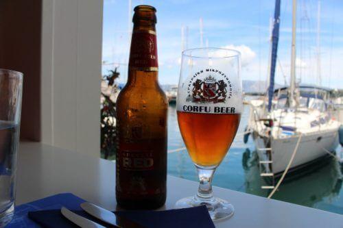 местната бира в Корфу