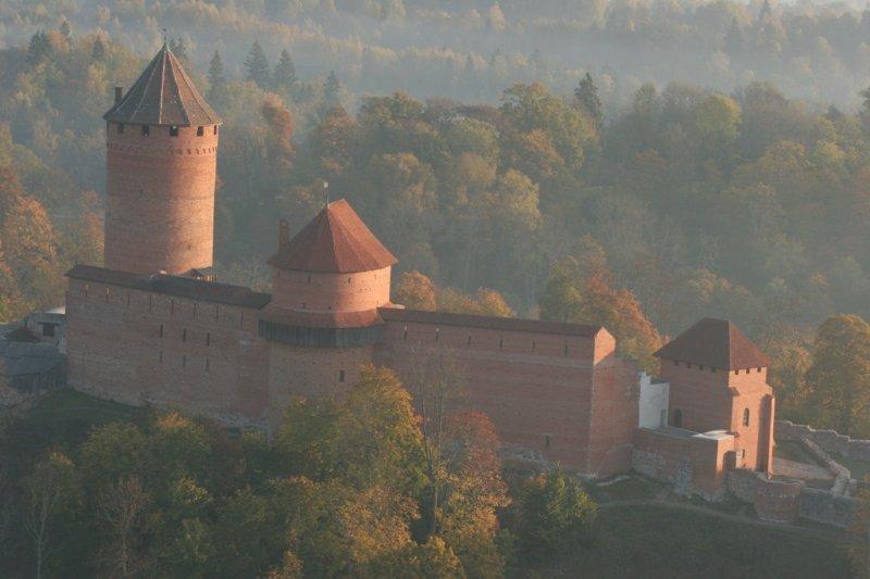замъкът Турайда отвисоко